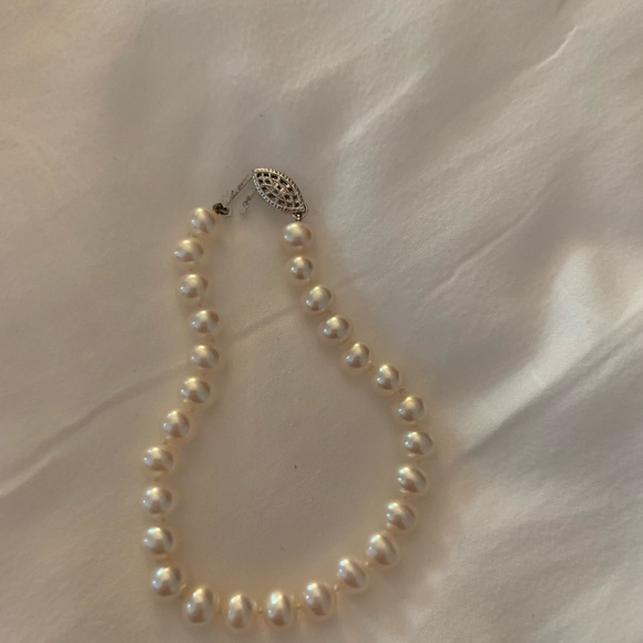Zales Jewelry - Pearl bracelet and earrings